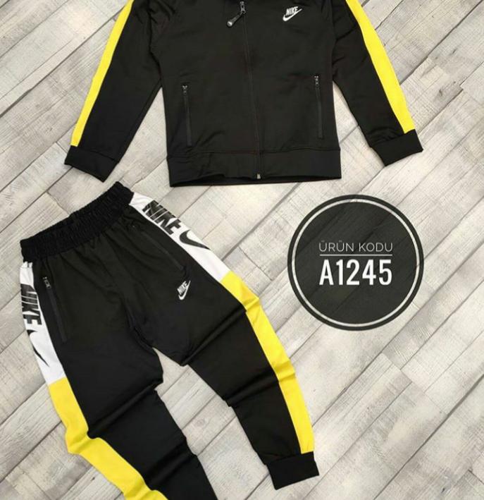 Спортивный костюм для мальчиков NIKE от 8-16 лет